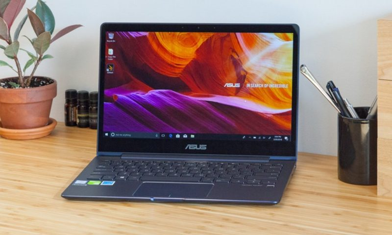 Asus ZenBook 13 in offerta su Amazon a 899 euro