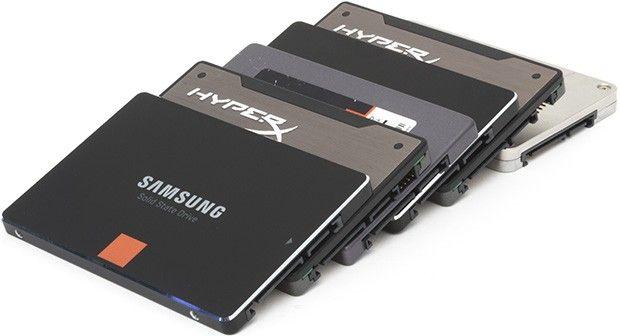 Immagini di dischi SSD