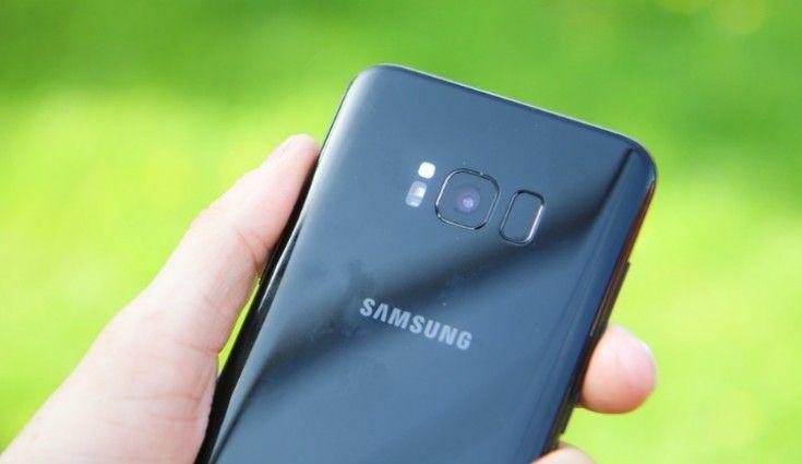 Samsung: A50 con batteria da 4000 mAh e fotocamera d 24 megapixel