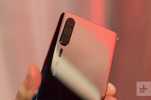 Un incontro inaspettato con Huawei P30 al Mobile World Congress 2019