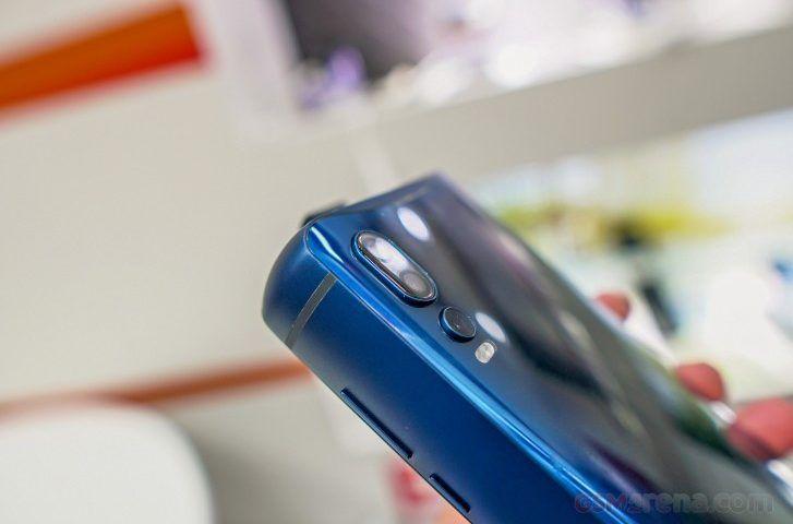 P18K Pop: lo smartphone PowerBank di Energizer è ordinabile su Indiegogo