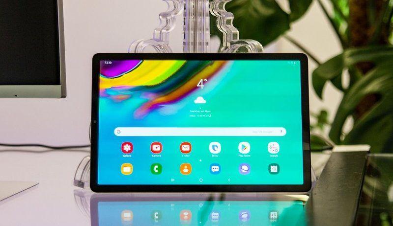 Samsung Galaxy Tab S5e riceve Android 10 in Italia