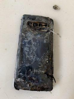 Diversi Samsung Galaxy S10 in fiamme in Cina