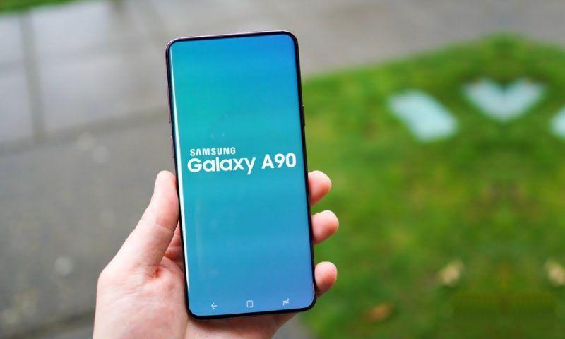 Samsung Galaxy A90 5G si avvicina, avrà una batteria enorme