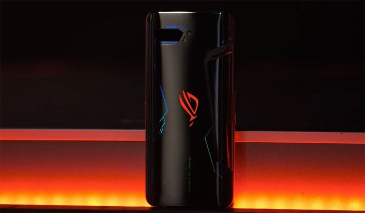 Asus Rog Phone 3: le prime immagini