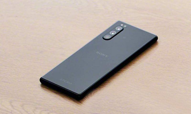 Sony Xperia 5 II: svelato il design con la prima immagine stampa