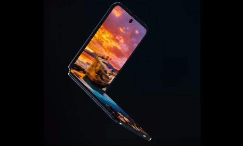 Samsung Galaxy Z Flip 3: emergono i primi dettagli, avrà un display a 120Hz?