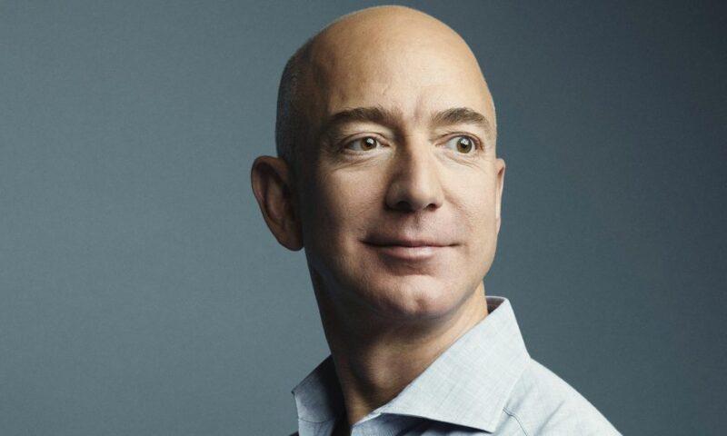 Amazon: Jeff Bezos abbandona il ruolo di CEO