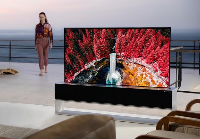 LG: il TV arrotolabile è stato un flop