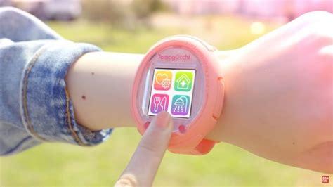 Il Tamagotchi ritorna come Smartwatch